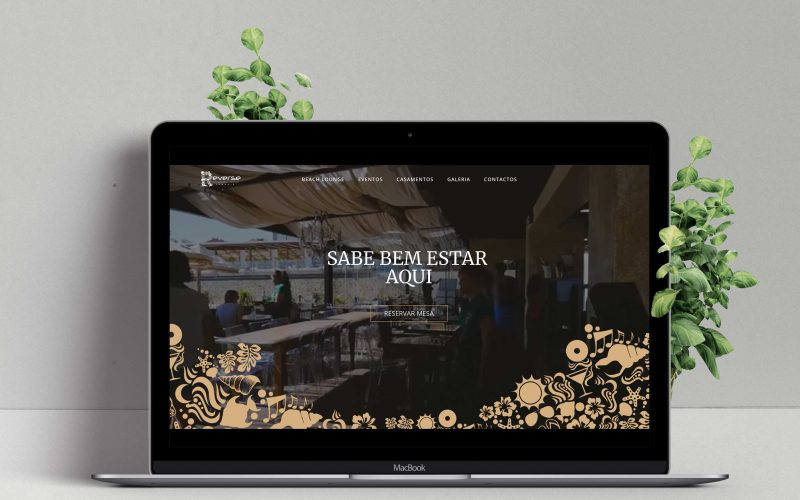 reverse pool beach lounge-webdesign-papori-1